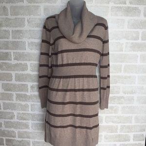 Medium NWT Women's Old Navy sweater dress